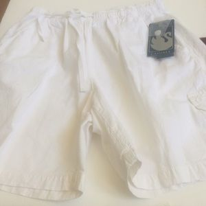 Nwt ladies Gloria Vanderbilt cargo shorts small